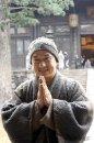 Джеки Чан вносит особый колорит в фильм Шаолинь