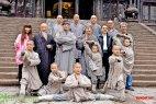 Актеры шаолиня с настоящими монахами