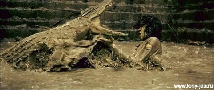 Кадр из фильма Онг-Бак 2 (Ong-Bak 2)-6
