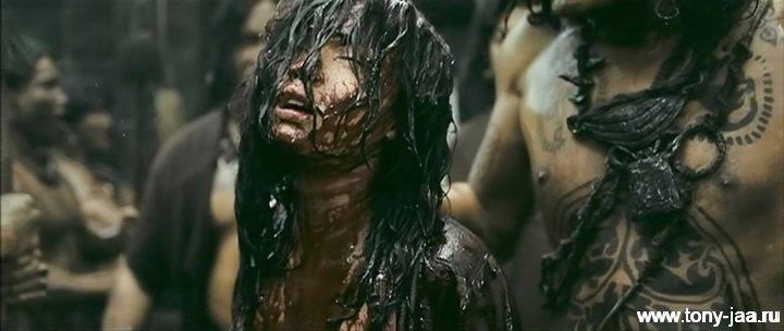 Кадр из фильма Онг-Бак 2 (Ong-Bak 2) - 1