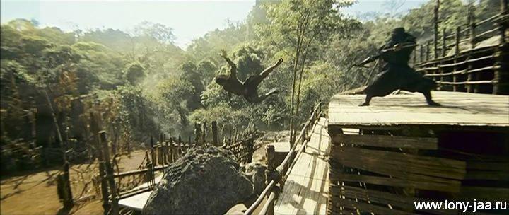 Кадр из фильма Онг-Бак 2 (Ong-Bak 2)