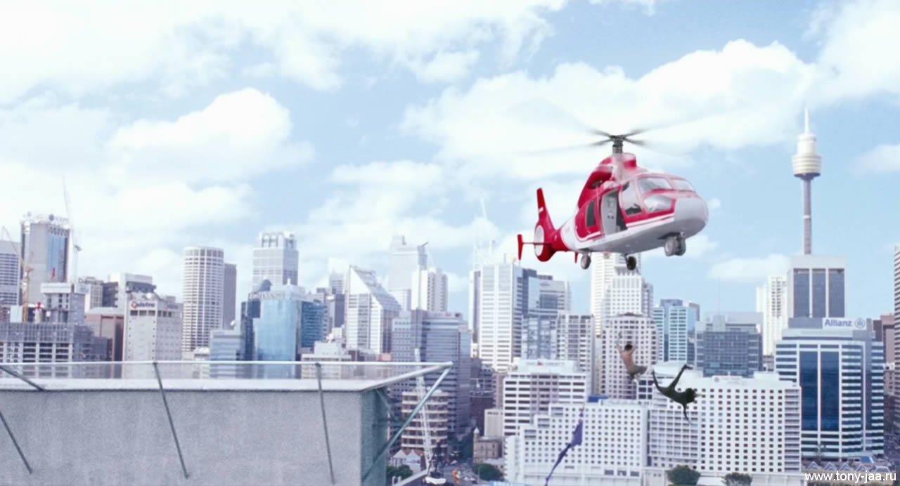 Кадр с вертолетом