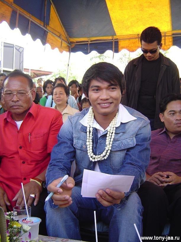 Тони Джаа и его отец