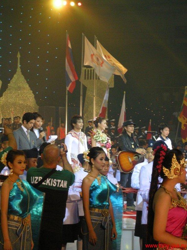 Тони Джаа - фото с церемонии Хануман