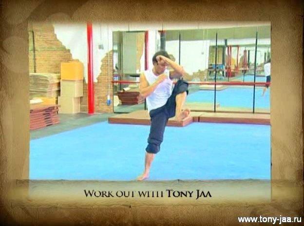 Тони Джаа  тренировка муай тай